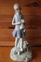 IBERICA VALENCIANA Porcelain figurine Woman holding lamb with sheep Lladro-style