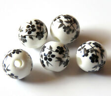 30pcs 8mm Round Porcelain/Ceramic Beads - White / Black Oriental Flowers