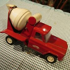 Tonka Vintage Jeep Concrete Truck
