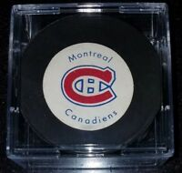 VINTAGE RUBBER CREST MONTREAL CANADIENS NHL OLD OFFICIAL GAME HOCKEY PUCK canada