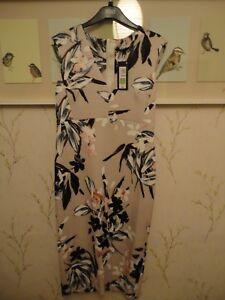 Lovely M&S Bodycon Scuba Midi Dress Oriental Floral Print Size 12 BNWT FREEPOST