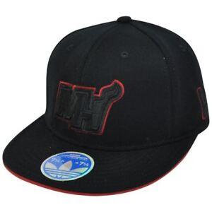 NBA Adidas Miami Heat Black Tonal 210 Flat Bill 7 1/4 - 7 5/8 Stretch Fitted Hat