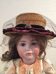 Vintage Victorian styled Ladies Straw Hat from 30's- 40's