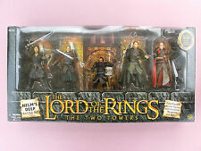 LORD OF THE RINGS - THE TWO TOWERS: HELM'S DEEP BATTLE SET - FIVE FIGURES -