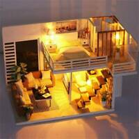 3D Wooden LED Dollhouse Miniature Furniture Doll House DIY Kit Toys Childre Q9D8