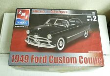 AMT ERTL CLASSICS 1949 FORD CUSTOM COUPE 1:25 SKILL 2 MODEL KIT #6805 SH3