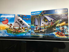 Playmobil 70412 & 70151 Pirates - Royal Navy VS Pirate Sloop-Naval Battle Bundle