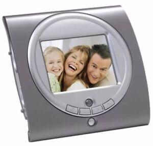 """SmartParts 3.5"""" Digital Picture Frame"""