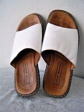 White Mens Leather Sandals STEVE MADDEN ST KITTS 8 Women 10 Slip On Open Toe EUC