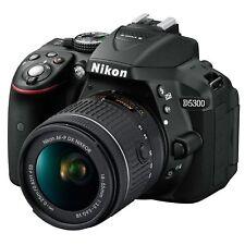 Nikon D5300 Kit mit AF-P DX VR 18-55 Digitale Spiegelreflexkamera Schwarz