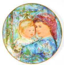 1991 Knowles Edna Hibel Mother's Day Plate Michele and Anna ~ In original box