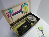 Vintage Sylvania Sun Gun Movie Light  SG-50 In Original Box W/Bracket Needs Bulb