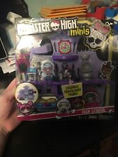 Monster High Minis Playset with Exclusive Draculaura Mini IN-STOCK