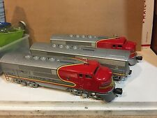 Lionel Model Train 2243-38  Santa Fe A-B-A Diesel Locomotive Set Excellent