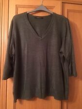 Evans Plus Sized Green Top Jumper, size 26/28, 3/4 Sleeve
