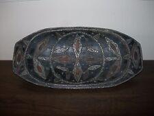 Antico? VINTAGE marocchino in legno vassoio piatto piastra in metallo in pelle N. Maker's Mark