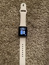 Apple Watch Series 3 - Rose Gold with white Sport Band (GPS + Cellular)