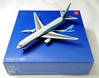 Herpa / Hogan Wings 1:500 No. 8324 BOEING Aircraft Company 767-300F Metal Model