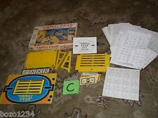 VINTAGE 1977  FAMILY FEUD GAME MILTON BRADLEY 2nd EDITION BASED ON TV SHOW L@@K!