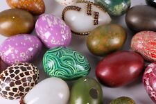 28 VINTAGE HAND PAINTED / DECORATED GLASS & CERAMIC EASTER EGG ART SCULPTURE LOT