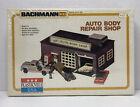Bachmann HO Plasticville USA Auto Body Repair Shop New Sealed Item No. 2915
