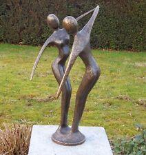 Bronzefigur modern abstraktes tanzendes Paar aus Bronze *