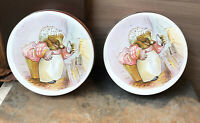 Set Of 2 Biscuit tins Beatrix Potter Mrs. Tiggywinkle Huntley & Palmers Great