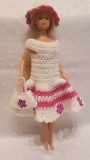 Puppenkleidung.passend für Barbiepuppe,Kleid Tasche + Hut Handarbeit 6264