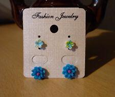 Set van 2 paar bloem oorbellen fel turquoise en blauw  NIEUW