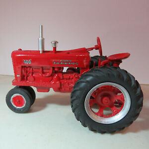 SpecCast IH Farmall 400 Tractor Firestone   1/16 IH-ZJD1734-G