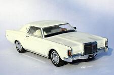 1971 Lincoln Continental Mark III White 1:24 Automodello ONE24 Barn Find 24L100