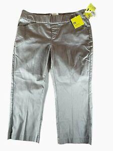 NWT LEE Pull-On Capri Pants Womens Size 10P Gray