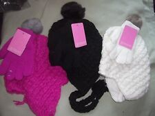 Girls Knit Winter Hat with Super Soft Lining and Pompom and Gloves