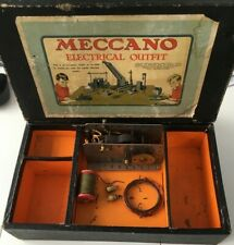 Meccano prewar 1920,s no 2 electrical outfit box and few parts as pictured rare.