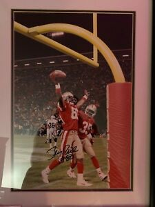 Jerry Rice Signed 11x14 Framed Photo