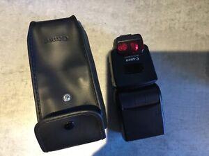 Canon Speedlite 420EX Flash with case