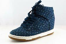 Nike  Fashion Sneakers Blue Fabric Women7Medium (B, M)