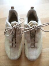 wenig getragene beigefarbene Leder- Sneaker von DKNY in Gr. 5,5 (38 2/3)