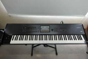 KORG Kronos X-88 88 Schlüssel Musik Workstation Synthesizer W / Hartschale