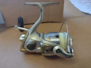 SHIMANO SUSTAIN 2500FD USED SPINNING REEL WORKS JUST DOESNT LOOK GREAT #2