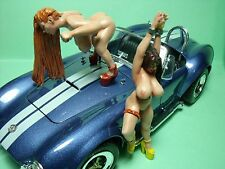 COBRA  GIRLS  1/18  BEMALTE  FIGUREN  VON  VROOM  FUR  EXOTO  MINICHAMPS