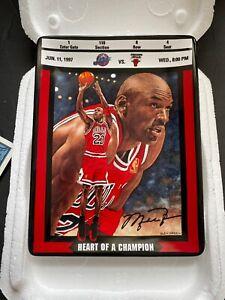 "1997 Michael Jordan ""HEART OF A CHAMPION"" Collector Plate Bradford EX/Upper Deck"