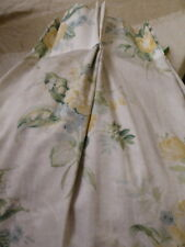 Laura Ashley Doublé Floral/Lily of Valley 100% Coton 3 Paires - 47 x 86 Largeur. Fabriqué
