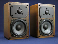 "Realistic Minimus 7W  Bookshelf Speakers 3.5"" Woofer - Very Nice!"