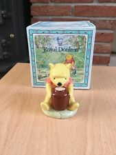 ROYAL DOULTON WINNIE THE POOH AND THE HONEY POT WP1