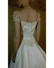 NWT ivory wedding dress wedding gown with train style 22045 Beaded size 6