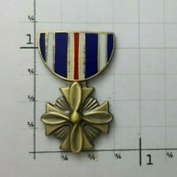 Distinguished Flying Cross Hat Pin Military Medal Armed Forces Aerial Award Hero