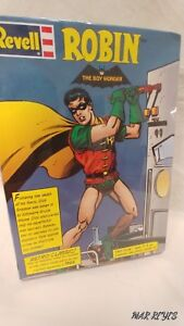 """DC's """"ROBIN"""" 1/8 scale re-released (Retro Classic) model kit by REVELL"""
