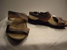 SAS WOMEN'S BROWN & SILVER sz 6 medium SANDAL SHOES -  Good used condition.
