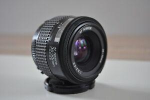 Objectif Nikon AF Nikkor 35-70mm F3,3-4,5  -  TRES BON ETAT